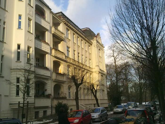 Herrschaftliches Altbaugebäude am Treptower Park