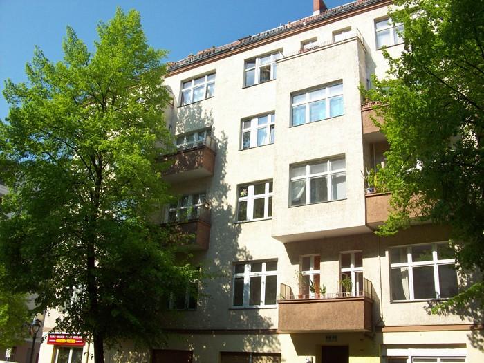 2 Wohn- und Geschäftshäuser im Prenzlauer Berg